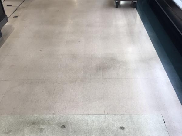 床面洗浄・ワックス塗布